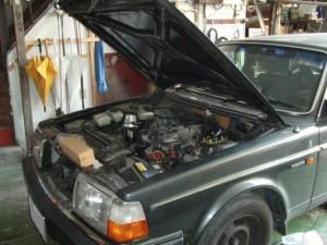 ボルボ240GL エアコン修理